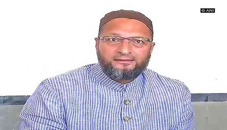 Asaduddin Owaisi slams at the Congress after Pranab Mukherjee attended the RSS event
