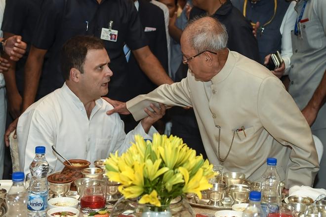 Owaisi slams Cong for Pranab iftar invite
