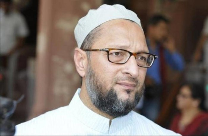 Asaduddin Owaisi leading with 1,17,892 votes
