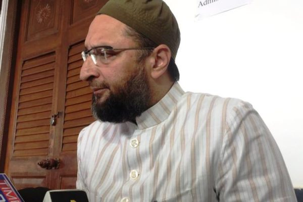 Asaduddin Owaisi slams on UP Shia Waqf board chief