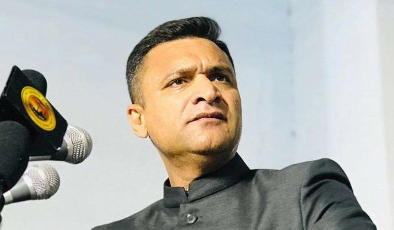 akbaruddin-owaisi-urges-jagan-to-close-adoni-case