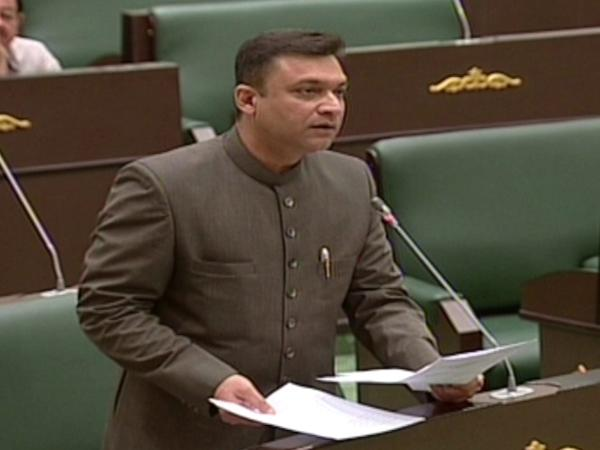 Akbaruddin Owaisi raised the issue of Metro Rail work in Old City at the Assembly session