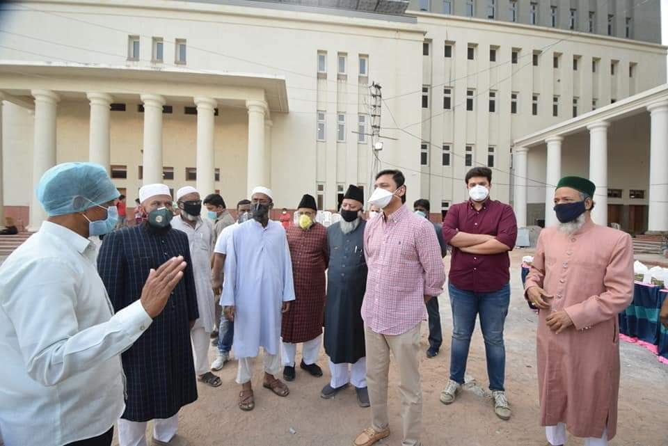 Akbaruddin Owaisi handed over ration kits to each Madarsa in Chandrayangutta today