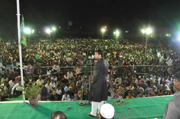 Akbaruddin Owaisi addresses the protest meeting at Murad Nagar in Hyderabad