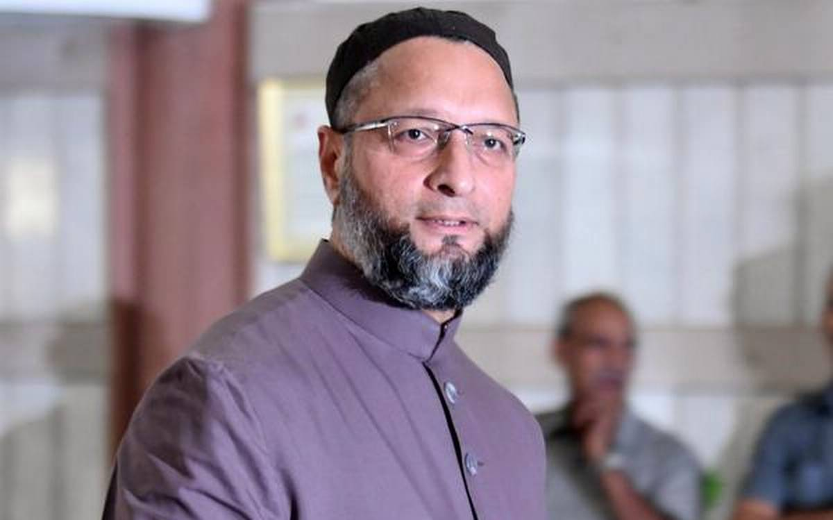 Asaduddin Owaisi showers praises on Shivaji on birth anniversary