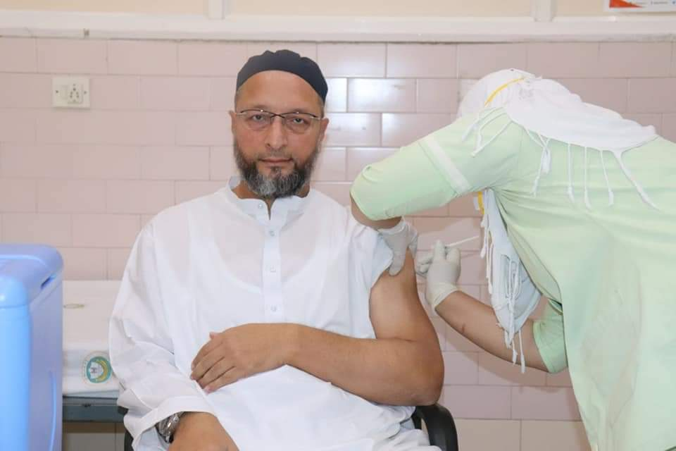 AIMIM President Asaduddin Owaisi Gets First Dose of COVID-19 Vaccine Today