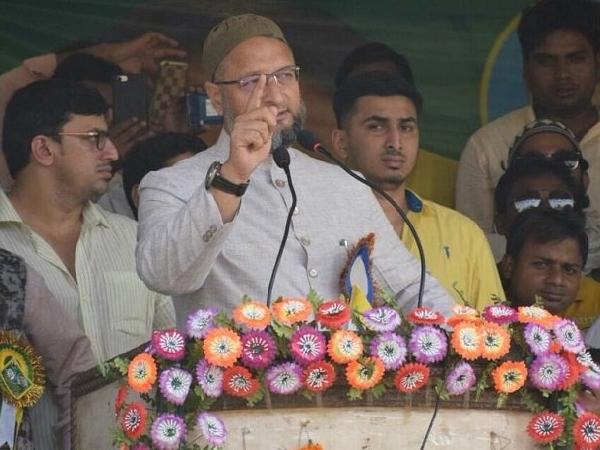 Asaduddin Owaisi tears into Congress