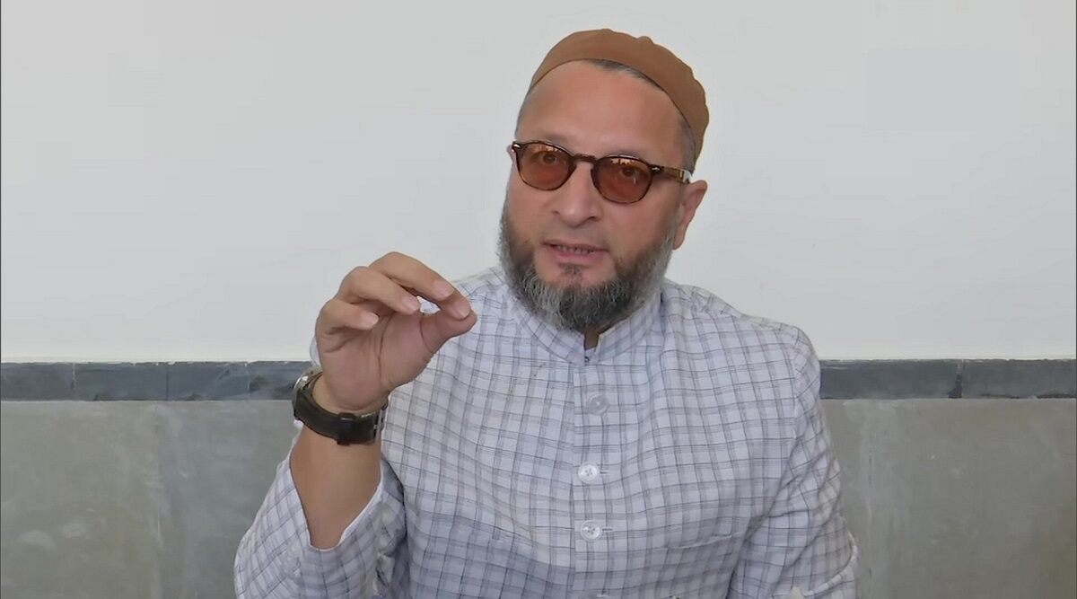 Owaisi asks the UIDAI how many Muslims and Dalits were among those it had asked to prove their citizenship