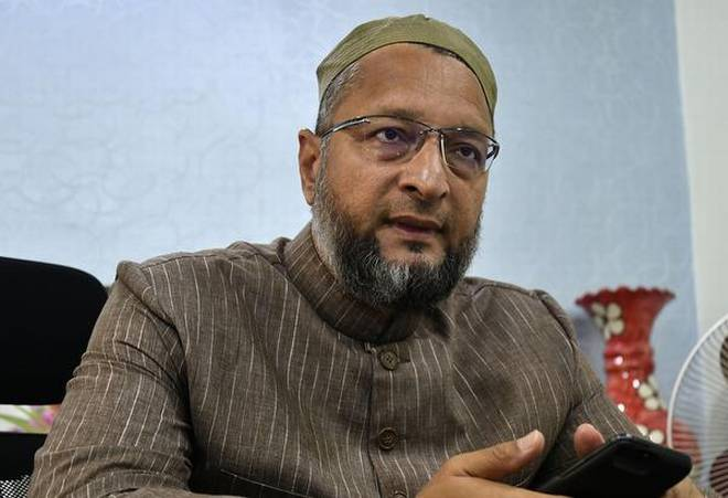 Owaisi urges Shah to read the Constitution as it prohibits granting of citizenship on the basis of religion
