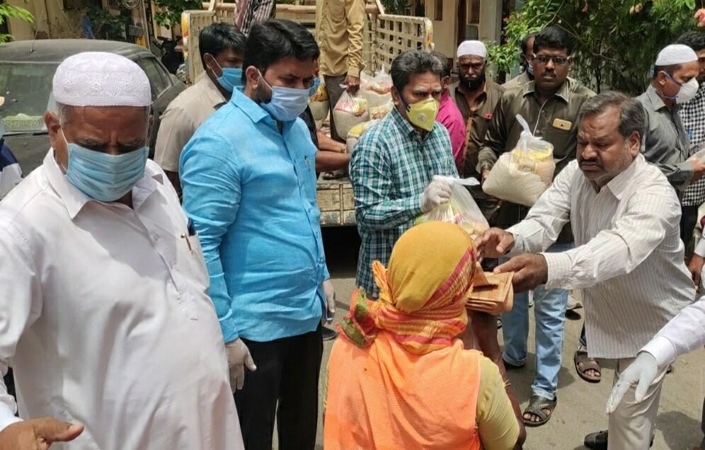 Felicitation programme for GHMC Sanitation Workers held in Nanal Nagar Division, Karwan Constituency