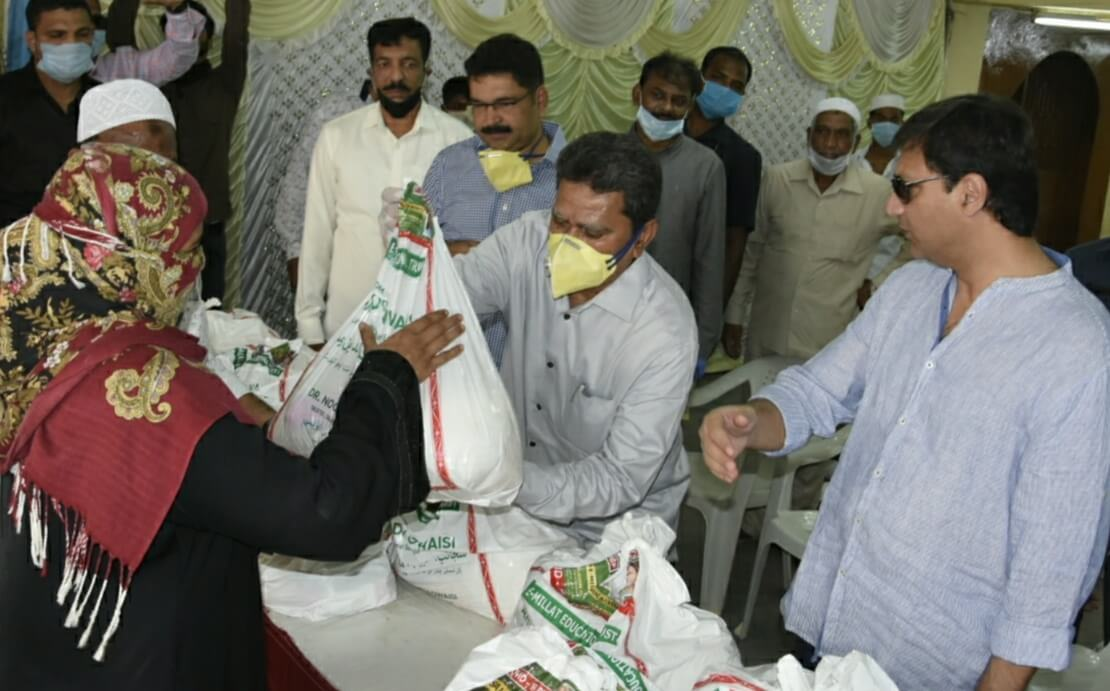 MLA Kausar Mohiuddin distributed 1500 rations kits to the needy in Karwan Constituency