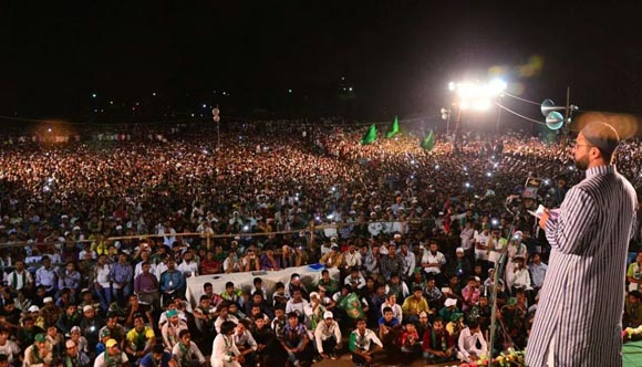 it-would-not-possible-for-anybody-to-root-out-majlis-flag-from-aurangabad-city-asaduddin-owaisi
