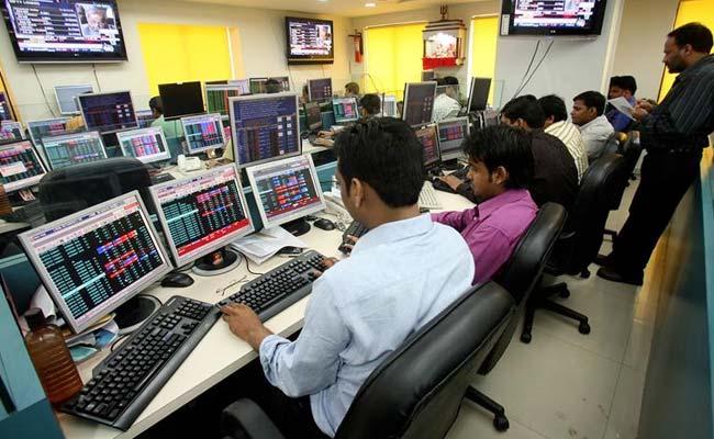 Sensex surges 430 points as BJP crosses 112 majority mark in Karnataka