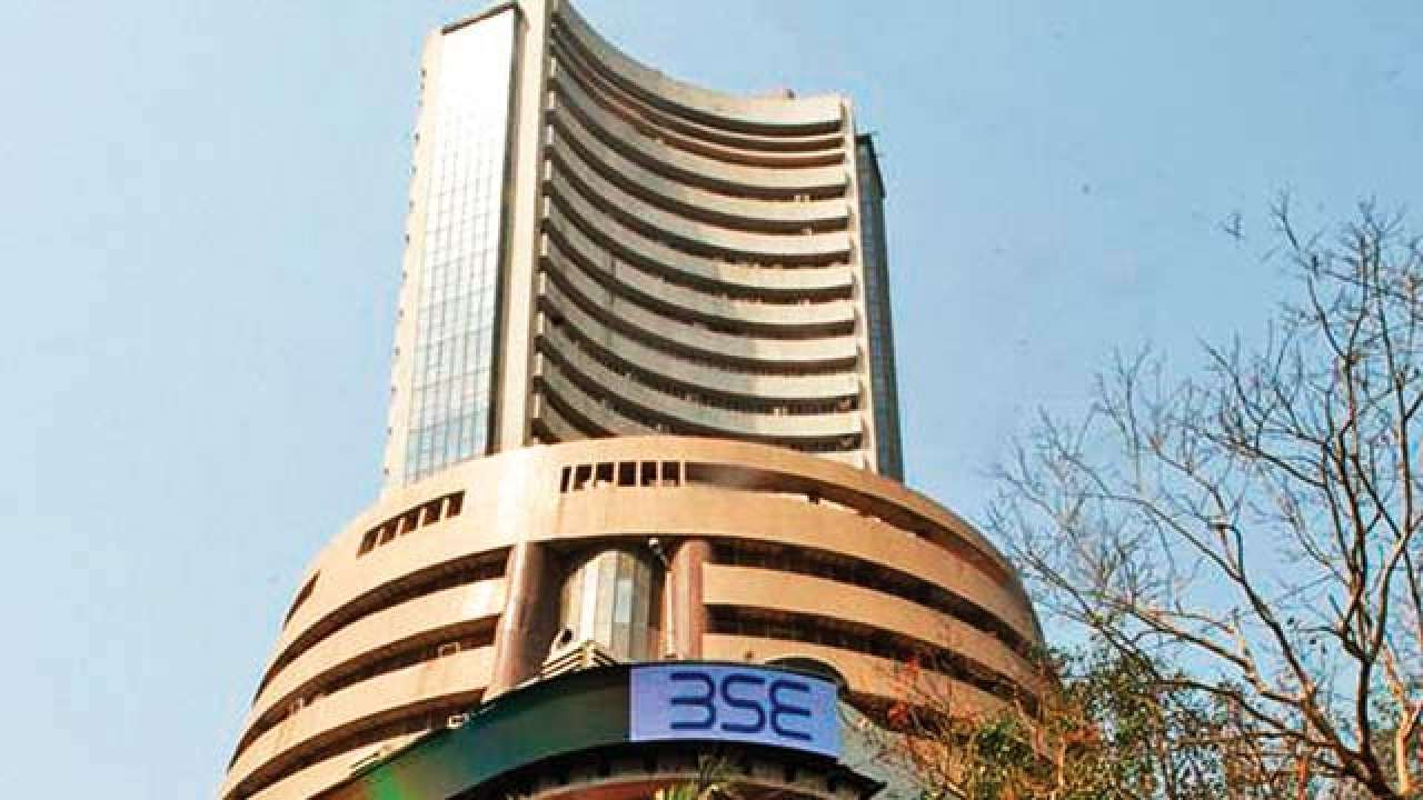 Sensex drops over 300 points in early trade