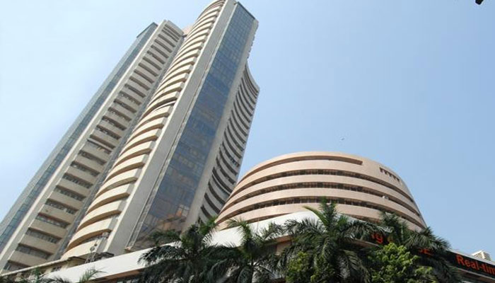 Sensex rebounds 134 points in early trade today