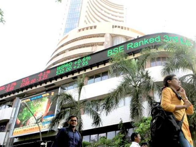 Sensex rebound over 68 points in early trade