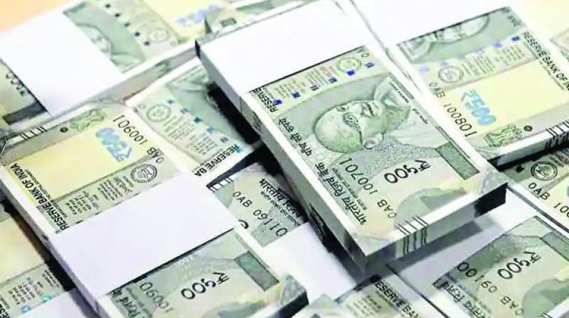 Rupee rises 8 paise against US dollar in early trade