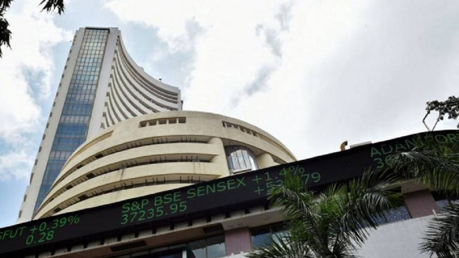 Sensex drops by 60 points in early trade