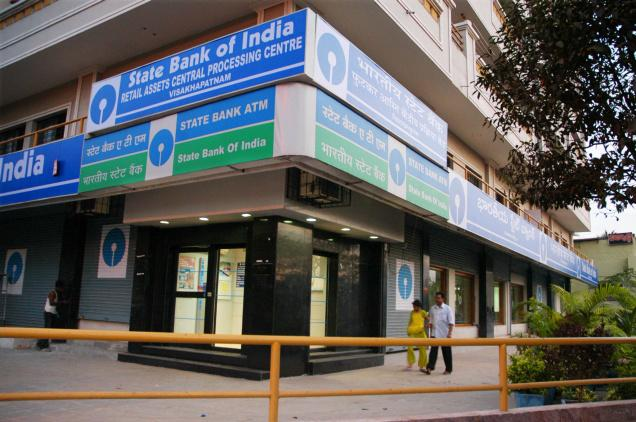 Banks to remain open on Saturday & Sunday to help exchange  their old notes