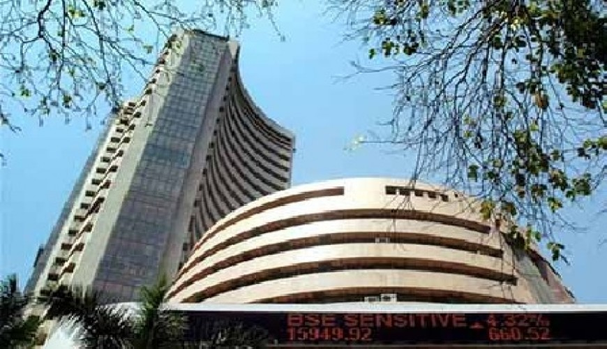Sensex crashes 288 points on US poll fears