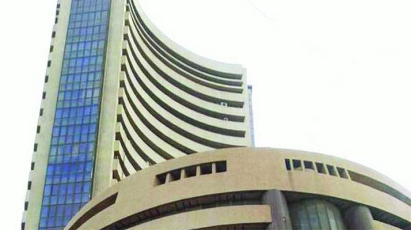 Sensex rallies over 400 points on strong global cues