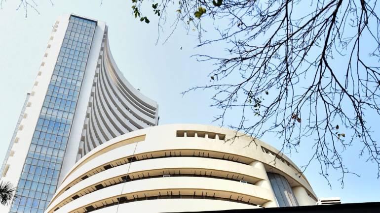 Sensex, Nifty start on a volatile note