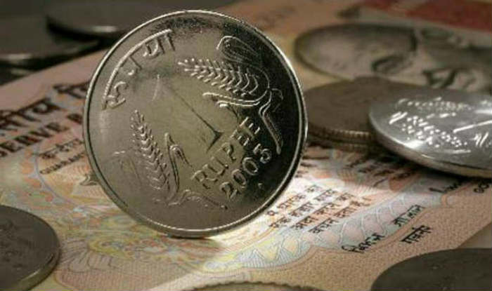 Rupee climbs another 6 paise in early trade