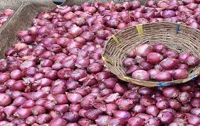 Govt decides to lift ban on export of onions