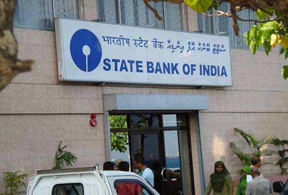 SBI cuts lending rate by 90 bps