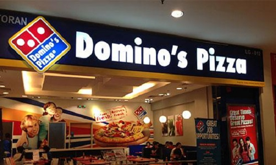 DCDRC penalised Dominos,asked to pay Rs 10k to customer for charging on carry bag