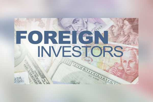Overseas investors pump over Rs.9,000 crore into Indian capital markets in May