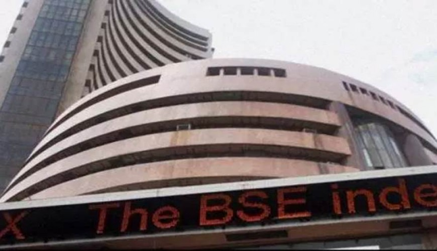 Nifty within striking distance of 10k, Sensex at new peak too