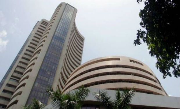 Nifty scales 9,700 mark for first time, Sensex on record high