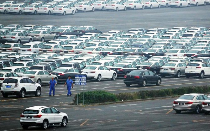 Automobile sales in India sees worst-ever fall in August