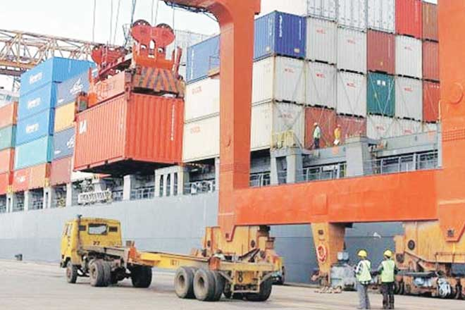 Exports rise by 2.25% to 26.33 billion US dollar in July