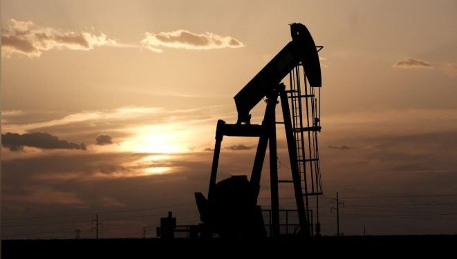 oilpricesriseinquietchristmasevetradeamidsupplycuts