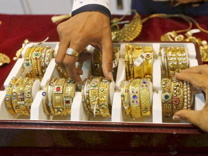 No GST on sale of old jewellery by individuals