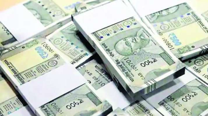 Rupee hits 71-mark for first time, drops 26 paise against US dollar