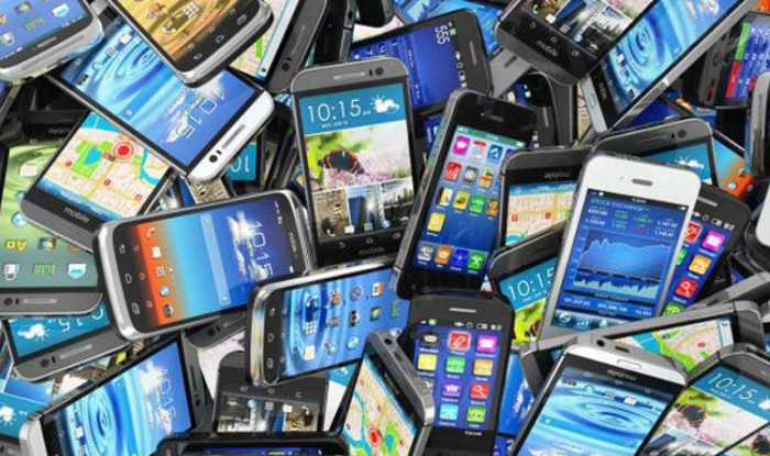 'Made in India' phones poised to touch 50 crore mark by 2019-20