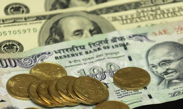 Rupee extends weakness against US dollar, slips 13 paise