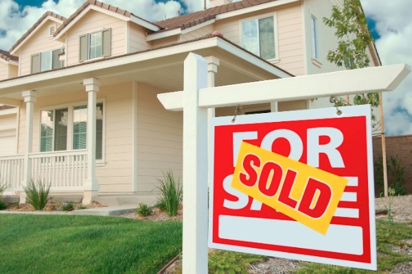 Buying house becomes easier : With rates low, it is easier to buy than rent small homes