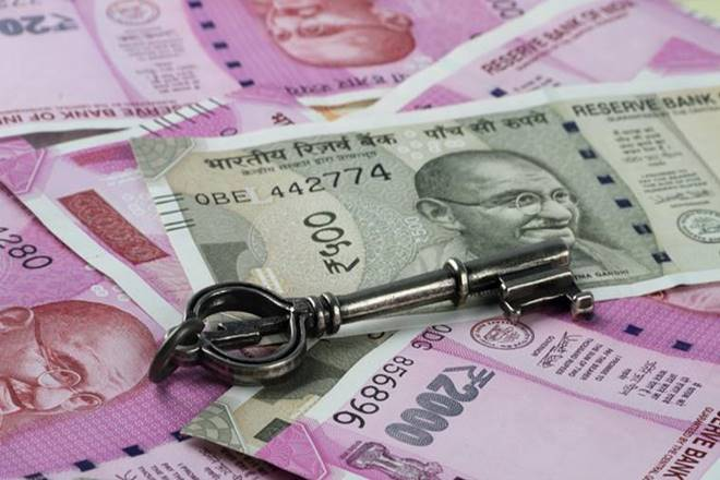 Rupee falls 19 paise against US dollar