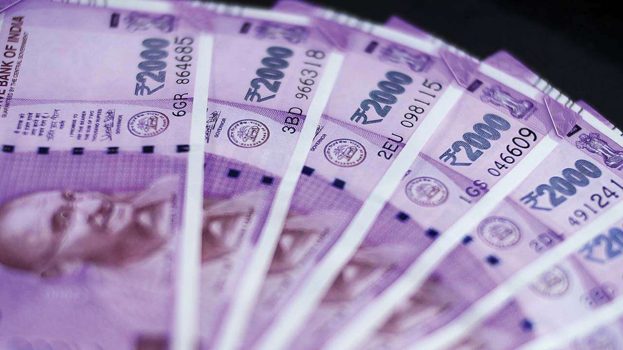 Rupee gains 8 paise to 73.24 against US dollar