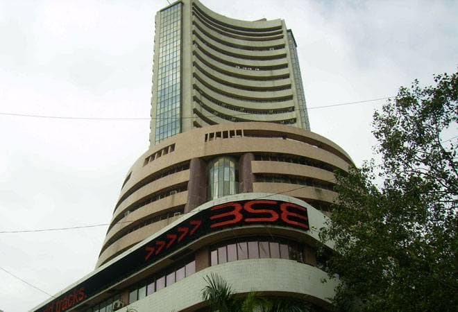 Sensex gains 60 points in early trade