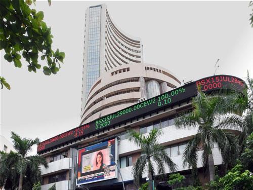 Sensex climbs 168 points on RIL earnings