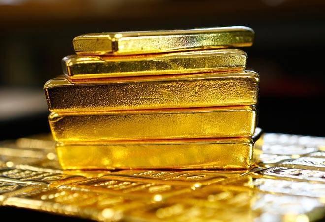 goldpricesfallrs140per10gmatmcxforaprilcontracts