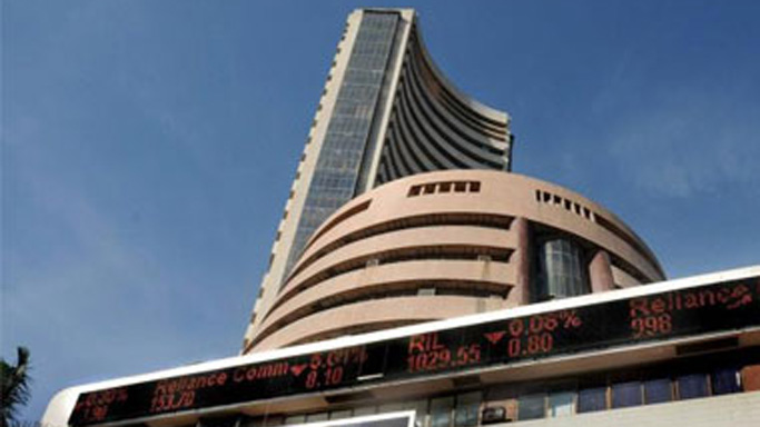 Sensex climbs 161 points ahead of RBI policy meet, on Asian cues