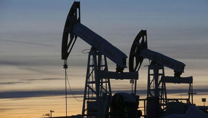 Brent crude oil dips to 69.72 dollars per barrel
