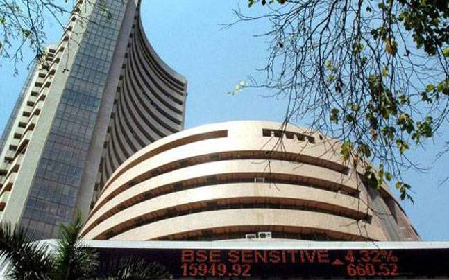 Sensex, Nifty retreats from record on profit booking