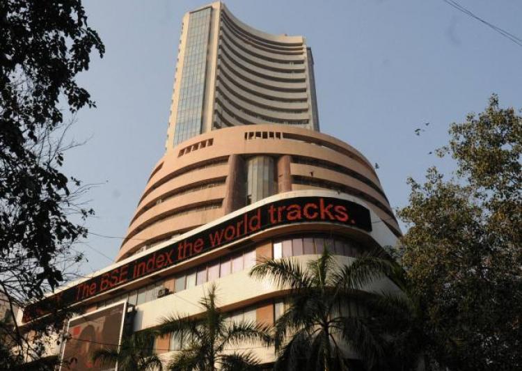Sensex breaches 32k-mark, Nifty at a fresh high too